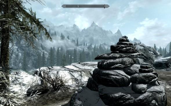 Skyrim, simulation officielle de randonnée. Il y a même les cairns pour ne pas se perdre !